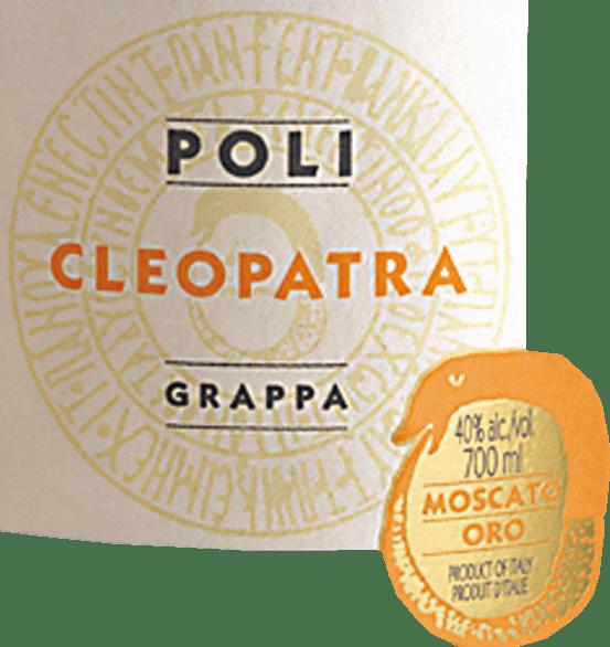 LaCleopatra Moscato Oro de Jacopo Poli est une grappa harmonieuse et aromatique distillée exclusivement à partir du marc du raisin Moscato (100%). Dans le verre, cette eau-de-vie de marc scintille dans un or éclatant aux reflets scintillants. Les notes aromatiques de fleurs et d'agrumes frais avec des nuances délicatement épicées de chêne se fondent dans un bouquet harmonieux. En bouche, cette Grappa convainc par sa pureté et sa finesse. Le corps entier est merveilleusement équilibré et s'accompagne d'une texture douce et soyeuse, d'une fraîcheur et d'un piquant fins. Distillation du Jacopo Poli Moscato Oro Cleopatra Le marc encore frais est distillé dans Crysopea - c'est d'après un modèle antique une imitationbain d'eau amibienne, qui fonctionne avec le vide.Après le processus de distillation, cette grappa a une teneur en alcool de 75 % en volume. En ajoutant de l'eau distillée, cette eau-de-vie de marc de raisin atteint une teneur en alcool de 40 % en volume. Ensuite, cette eau-de-vie repose pendant un court moment dans des fûts de chêne, pour être ensuite remplie puis finalement mise en bouteille Suggestion de service pour la grappaCleopatra Moscato Oro Jacopo Poli Cette grappa est un merveilleux digestif qui peut révéler au mieux sa diversité aromatique à une température de service de 15 à 18 degrés Celsius. Vous pouvez aussi servir cette eau-de-vie de marc de raisin avec des tartes aux fruits et des biscuits sablés.