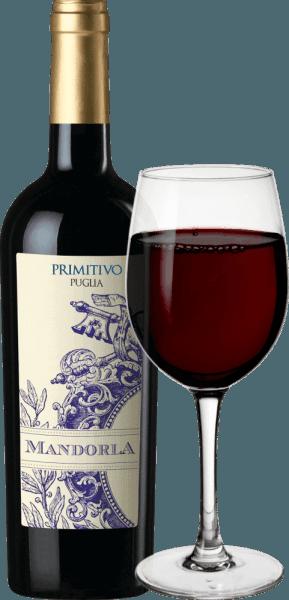 Le Primitivo de Mandorla est un vin rouge finement épicé, fruité et doux, issu de la région viticole italienne des Pouilles. Ce vin se présente sous une couleur rouge puissante et brillante. Des arômes fruités de baies rouges (framboises), de cerises noires coordonnés à une fine note de poivre épicé et des nuances de fruits secs remplissent le nez. En bouche, ce vin rouge italien est merveilleusement rond grâce à des tanins souples. Le goût juteux et puissant révèle des baies sombres (mûres et cassis) et mène à une finale longue et agréable. Dans l'ensemble, le Primitivo de Mandorla est une goutte harmonieuse et complexe. Vinification de la Mandorla Primitivo Puglia Après la récolte soignée des raisins Primitivo de la cave Mandorla, les raisins sont d'abord égrappés, foulés et le moût qui en résulte est fermenté dans des cuves en acier inoxydable sous contrôle de température. Le moût est finalement pressé et ce vin est stocké en partie dans des cuves en acier et en partie dans de grands fûts en bois, où ce vin rouge s'arrondit et est finalement mis en bouteille. Ensuite, la Mandorla Primitivo vient chez nous en Allemagne. Recommandation alimentaire pour le Primitivo Mandorla Nous recommandons ce vin rouge sec d'Italie pour les antipasti, les pizzas, les pâtes, les plats de viande forts (même grillés) et les fromages affinés.